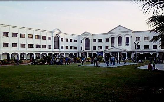 Karachi Uni